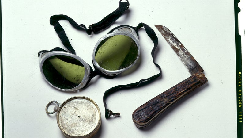 Mallory's goggles, altimeter, and knife.