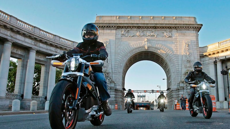 The Project LiveWire Experience tour is going international later this month after visiting many of the largest U.S. dealerships in 2014 to offer test rides and gauge riders' responses.