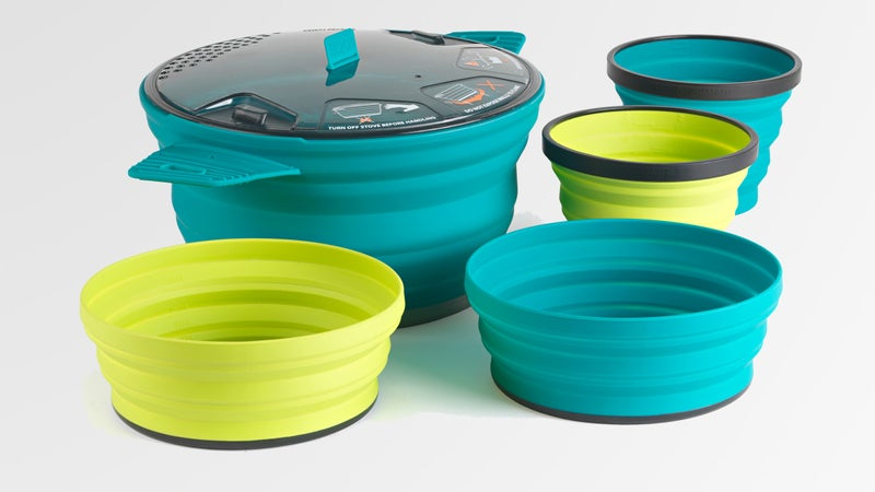 The Sea to Summit X-Set 31 features the first collapsible cooking pots.