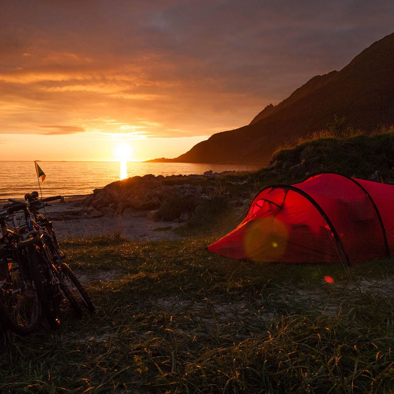 Nothing more than a zipper and some mesh separate you from the dreamy, maritime air if you set up camp here. Read more.