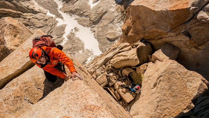Alex Honnold and Tommy Caldwell on the Fitz Traverse.