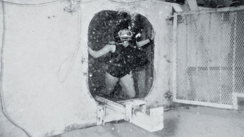 Life underwater during Tektite II.