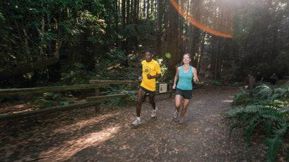 Jones with fellow ultrarunner and coach Sarah Lavender Smith on the trails at Skyline Gate.