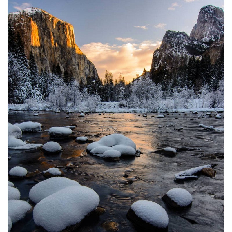 @basakprints: For perfect snow getaway head out to Yosemite National Park this weekend and enjoy the great vistas the park has to offer in any season.