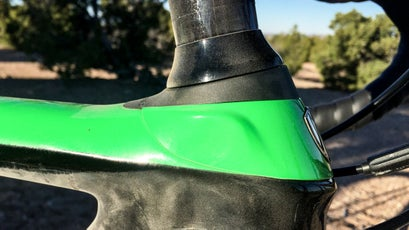The Front IsoSpeed brings the decoupler technology to the front end of the bike, allowing the steer tube to move independently of the head tube for added bump compliance.