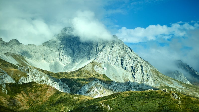 The Cantabrian Mountains that Spain's brown bears call home.