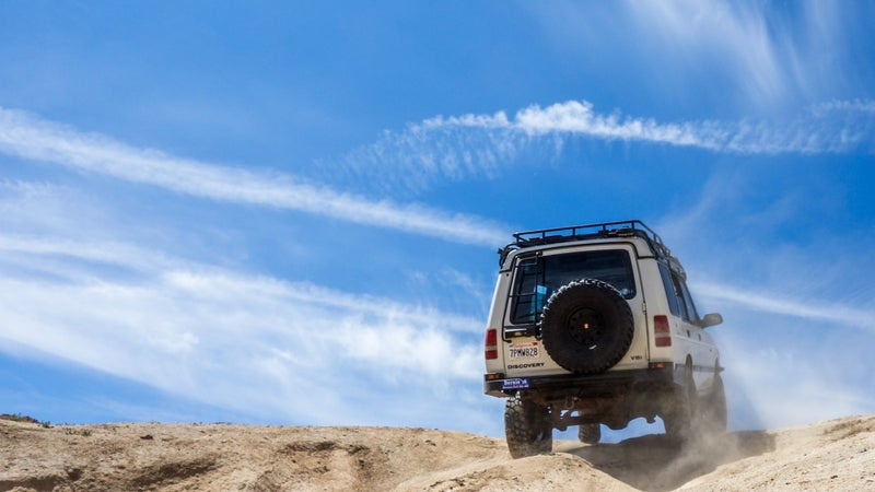 Outside of LA, the high desert is all big rocks, covered in loose dirt. It's a difficult test of both traction, and articulation.