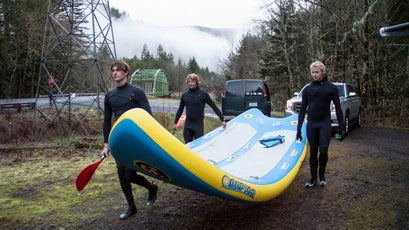 Skunked by rough weather on the coast, Jamie and his crew decide to beeline for the mountains, where it's snowing. En route, they stopped at the Clackamas River for some river surfing and fired up their favorite toy, the Supsquatch, an inflatable 16-foot stand-up paddle board.