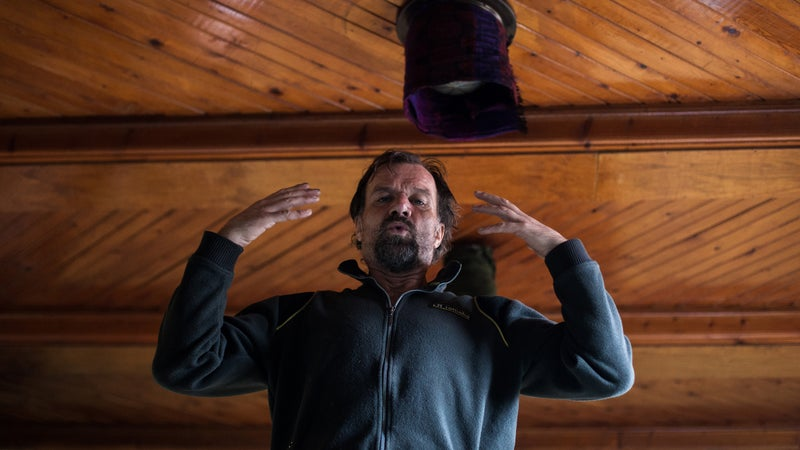 Wim Hof practicing what he preaches.