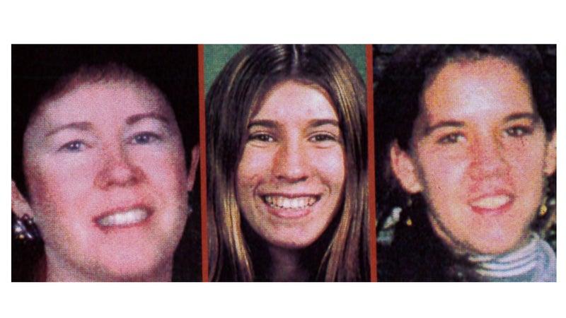 Carol Sund, Juli Sund, and Silvina Pelosso.