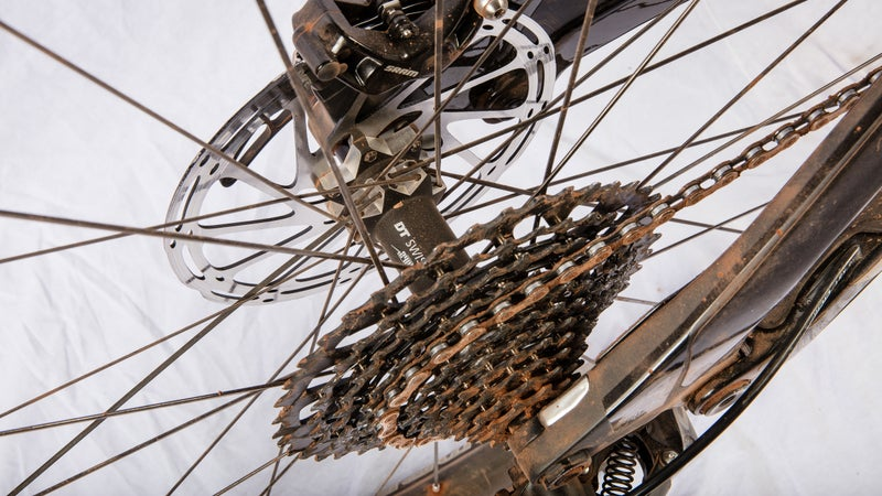 The SRAM X01 11-speed drivetrain and SRAM Guide Ultimate brakes along with some Sedona dirt.