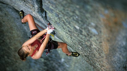 On the famous Phoenix 5.13a finger crack in Yosemite National Park, California.