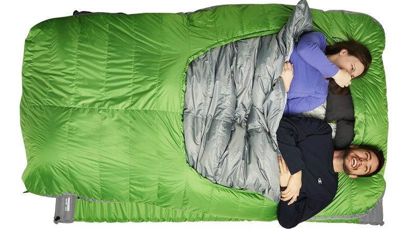 The Backcountry Bed Duo attempts to maximize comfort, but by relying on two separate 1P pads underneath, it leaves a big crack right between its occupants.