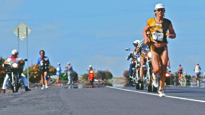 Mark Allen runs towards a record during the 1994 Kona Hawaii Ironman.