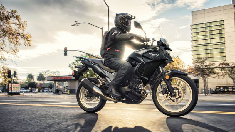 Slim dimensions, and the upright, tall riding position combine with the low weight to make the little Versys an ideal city commuter.