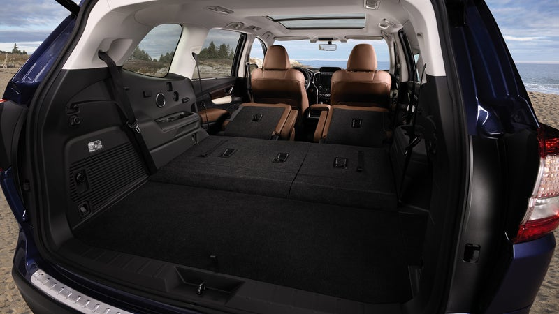 Both rear rows fold in a practical 60/40 arrangement, allowing access to the full 85 inches of cargo length, while retaining six seats.