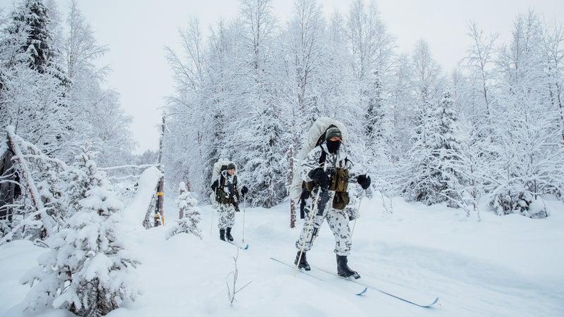 US and Finnish soldiers training in Sodankylä