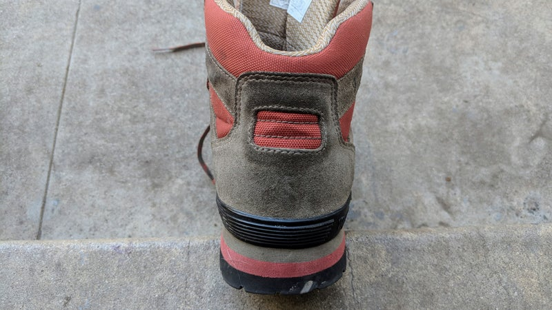 The 88s fit the contour of your feet and ankles, so they don't look ridiculously bulky, like many boots do. They also have a tall, pronounced heel with plenty of rise, and good braking ability.