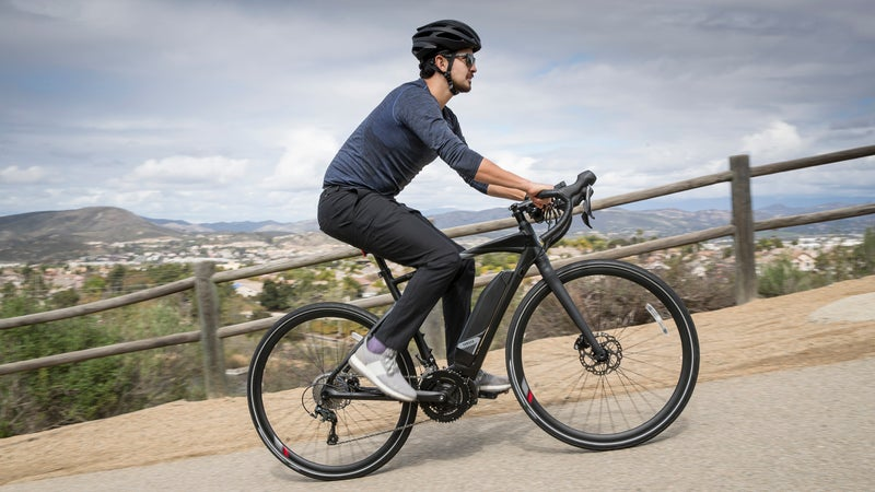 With versatile performance that extends to dirt roads and light trails, the UrbanRush is our pick of Yamaha's new pedal-assist road bikes.