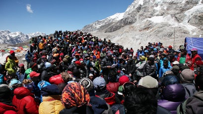 A meeting of Sherpa guides