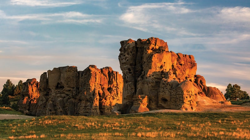 Medicine Rocks State Park's sandstone pillars.