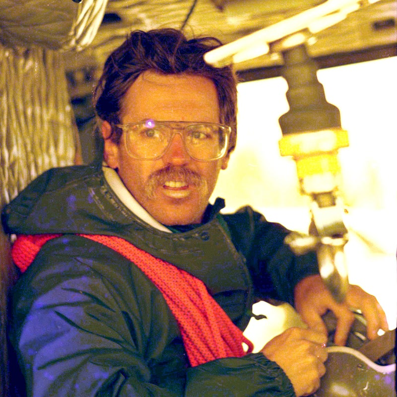 Guide Ralph Summers
