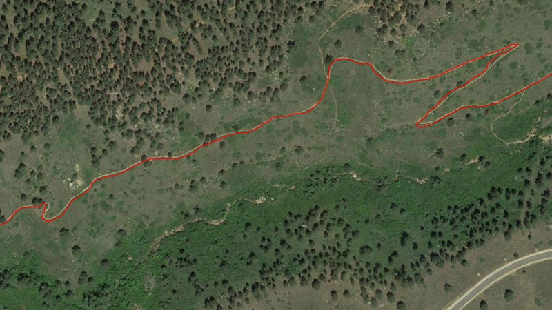 GPS track recorded by the Suunto 9 in Best mode while running the switchbacks in lower Skunk Canyon. The track is never off by more than a yard or two.