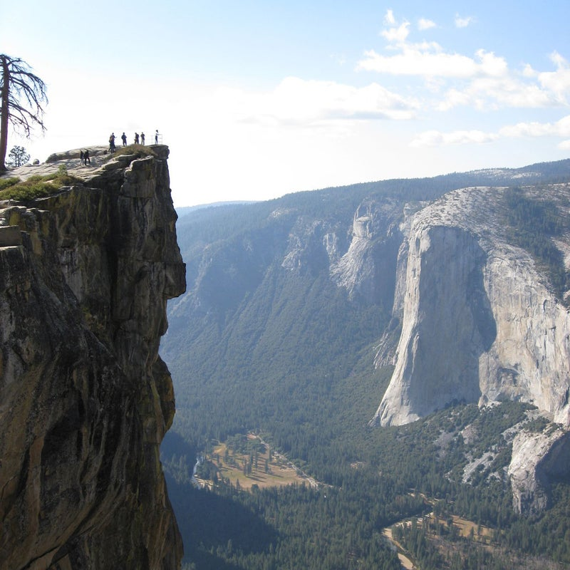 Moorthy and Viswanath apparently fell while taking a selfie at Yosemite's Taft Point.