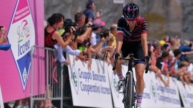 Katarzyna Niewiadoma racing in Italy in July 2019