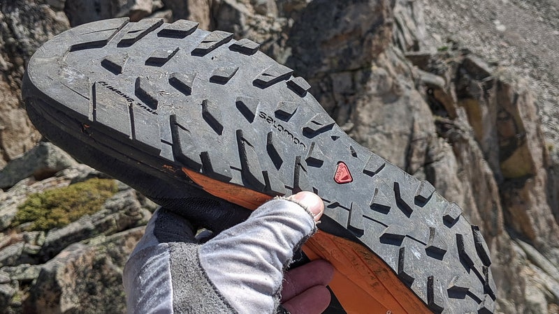 The outsole is made of Salomon's proprietary Contagrip TA rubber and consists of large five-millimeter lugs.