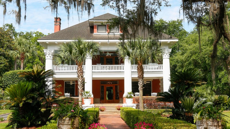 Herlong Mansion Bed and Breakfast, established 1845, Micanopy, FL