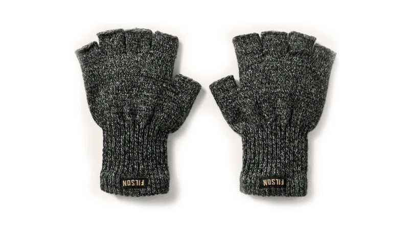 Fingerless gloves allow you to add a heavy insulated layer to your palms, while leaving your fingers either exposed or covered only by a liner. Sadly, that's just not quite enough protection.
