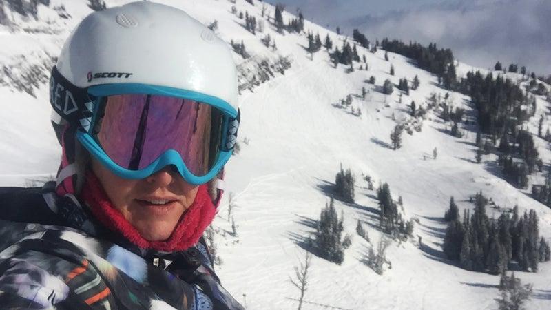 Jenny skiing