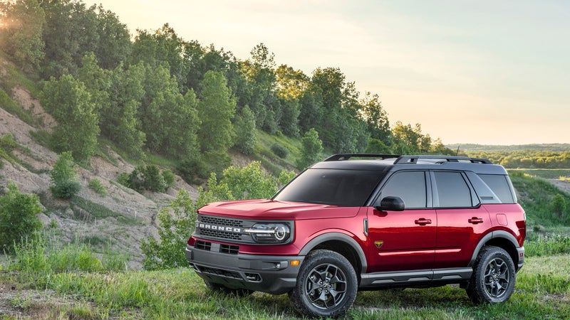 The Bronco Sport looks to re-invent the compact crossover class with full-time 4WD complete with disconnecting front drive shaft.