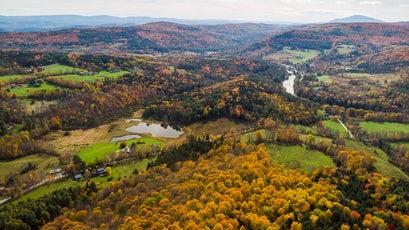 Fall foliage near Quechee, Vermont