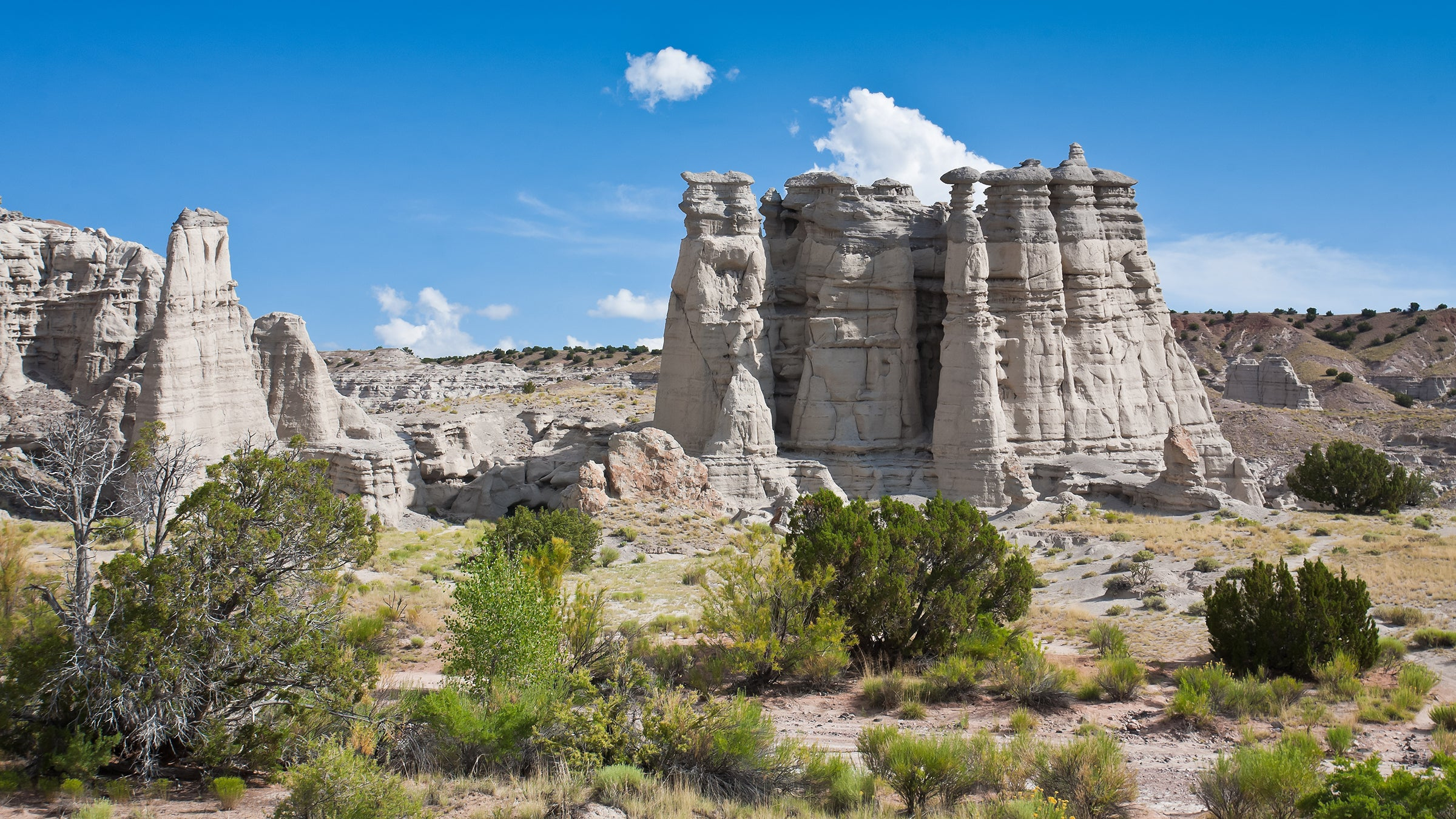 White limestone spears pearse the sky in New Mexico