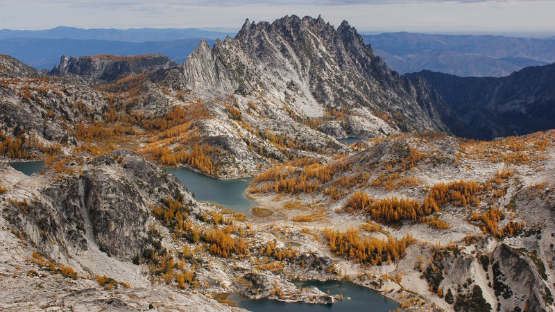 Enchantment Basin and Prusik Peak in autumn in the Alpine Lakes Wilderness