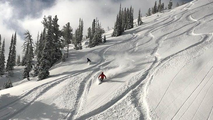 Anthony Lakes powder skiing