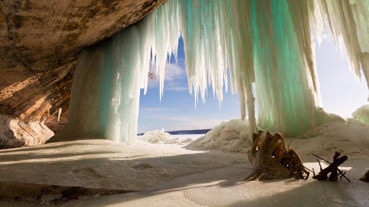 Ice Curtains on Grand Island