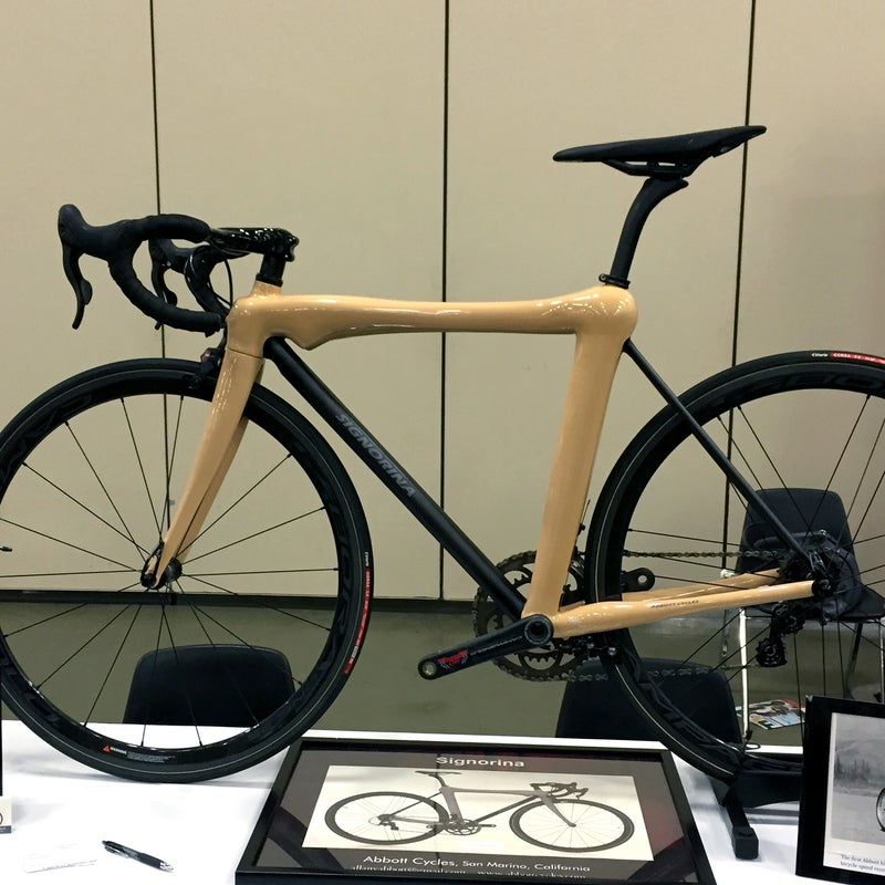 Sculpted to look like a naked woman on her hands and knees, Abbott's Signorina carbon fiber frame sparked fairly intense reactions from the crowd, mostly negative. NAHBS juror and esteemed cycling journalist Patrick Brady wrote a great response to the controversy on Red Kite Prayer.