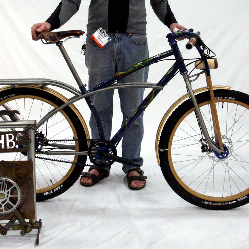 Winner of the 2015 Best in Show award, Groovy Cycleworks' surf bike is a unique blend of titanium, wood, and inspired creativity. Builder Rody Walter spent more than 30 hours creating the wooden rims, partnering with an Amish craftsman who specializes in wooden-spoke wheels for Model A Fords. The bike's paint scheme echoes the bike owner's hip-to-calf octopus tattoo.