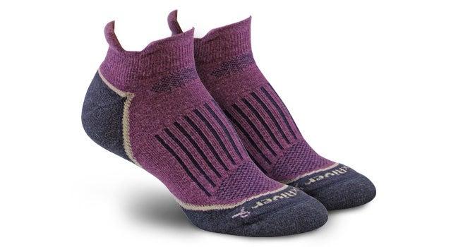 AXT Strive socks
