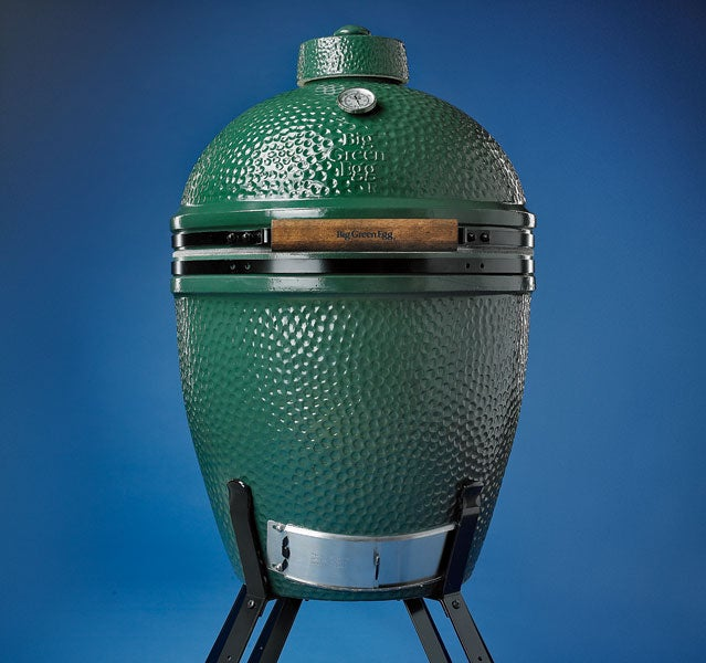 big green egg grilling meat