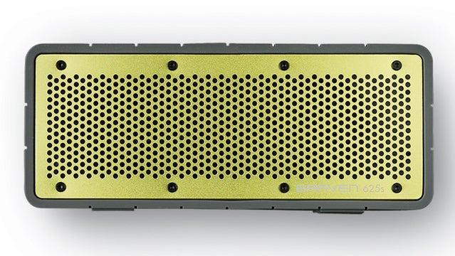 Braven 625s Portable Speaker outside holiday gift guide