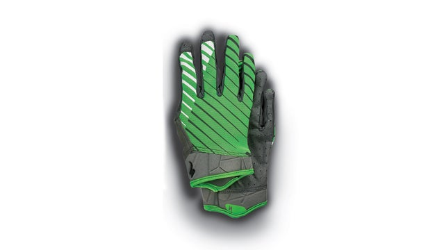 Specialized Lowdowns Gloves outside holiday gift guide