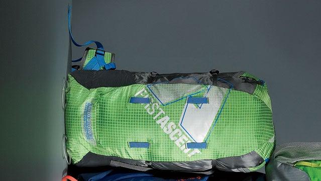 REI Flash 22 Eddie Bauer First Ascent Bacon Black Diamond Equipment Bolt best packs of 2013 summer buyers guide