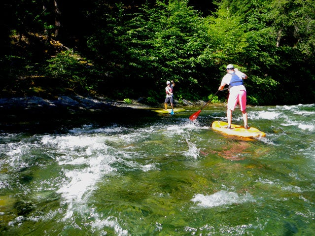 Learn to SUP whitewater from Otter Bar Lodge paddle school