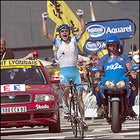 Georg Totschnig wins Stage 14 in the Pyrenees.