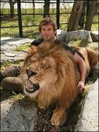 Dave Salmoni with Leo the Lion