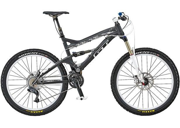 GT Force 2.0 mountain bike